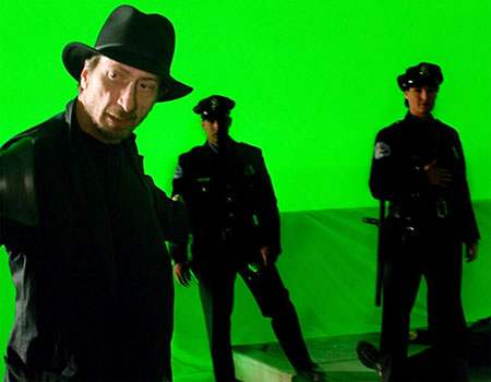 Frank Miller on the set of 'Will Eisner's The Spirit'